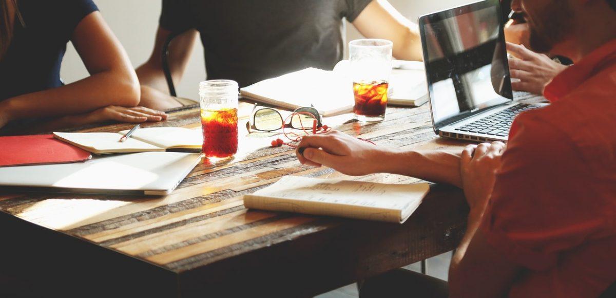 Préparer une réunion de travail : des conseils pratiques