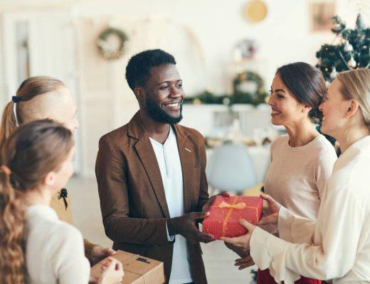 Comment Offrir Un Cadeau D Entreprise Pour La Fin De L Annee.jpg