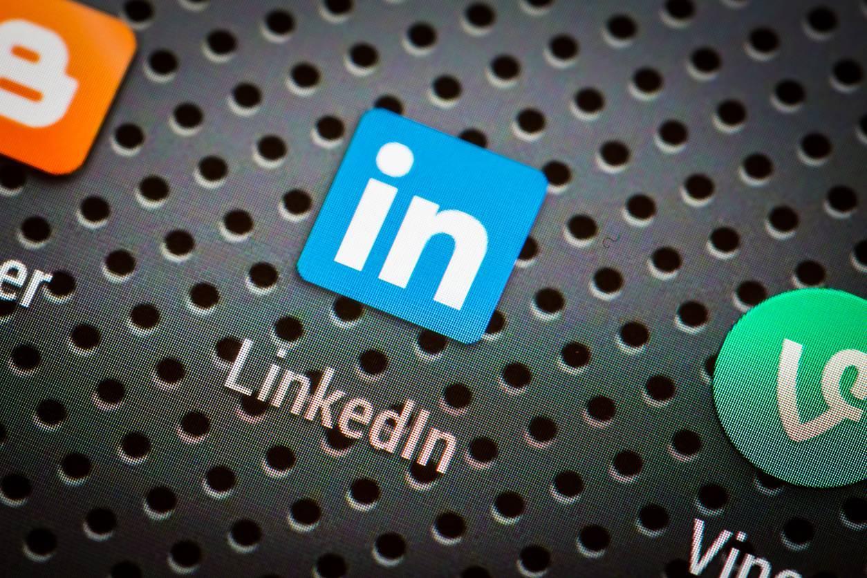 Prospecter et recruter via LinkedIn