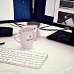 Au bureau, faut-il privilégier l'espace de travail ou les rangements?